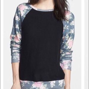 Wildfox pullover sweater black and floral size xs